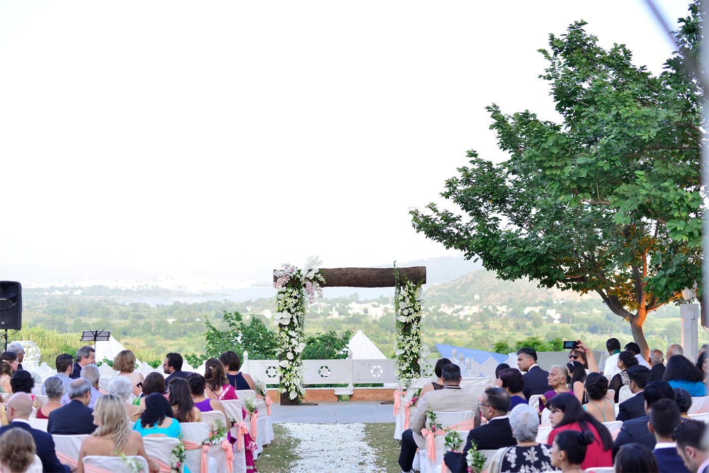 altar ~ english wedding
