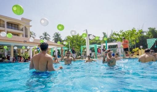 pool party in indian weddings